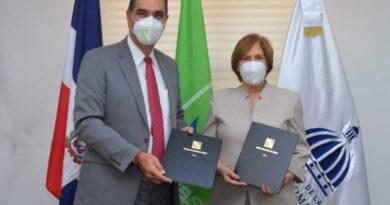 SeNaSa y Ministerio de Cultura firman acuerdo para afiliar al Régimen Subsidiado a miembros del gremio artístico y cultural