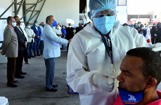 Registran 855 casos nuevos del coronavirus y 6 muertes