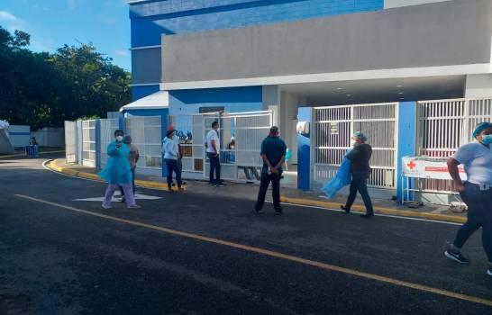 Miles de dominicanos celebran la Nochebuena con ausencia de familiares por COVID-19