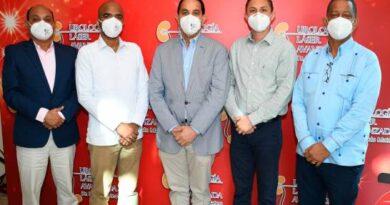 Dr. Pablo Mateo realiza su sexto encuentro con profesionales de la urología