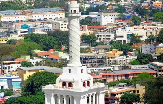 Clínicas abarrotadas en Santiago, mientras se alcanzan cifras récord de COVID en el Cibao