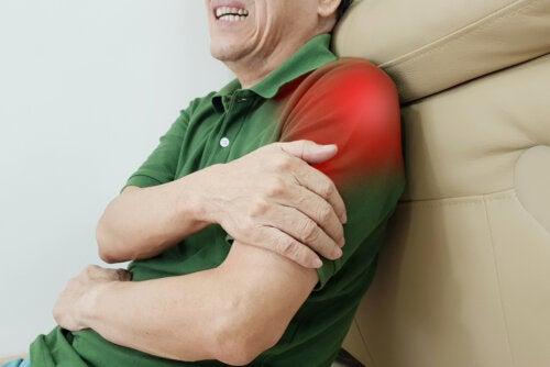 Ejercicios para superar la tendinitis en el hombro