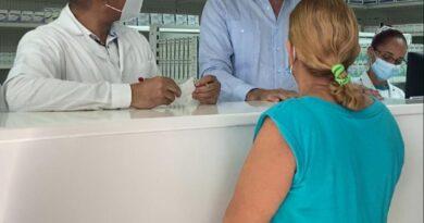 Director Promese busca agilizar entrega de medicamentos en farmacias