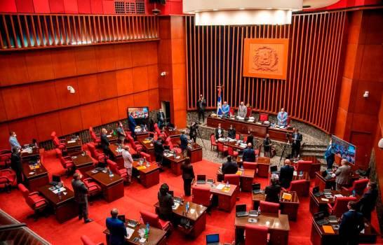Senado aprueba acuerdo entre el Gobierno y Pfizer para compra de vacunas COVID-19