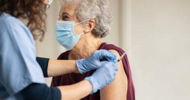 BCIE dará 800 millones de dólares a Centroamérica y República Dominicana para vacuna