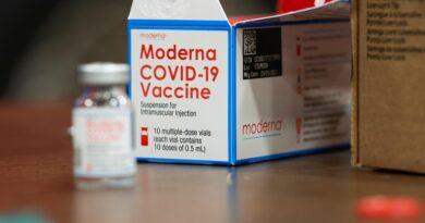 Moderna anunció que su vacuna contra la variante sudafricana del COVID-19 está lista para ser probada
