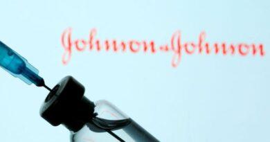 Las 5 claves de la vacuna de Johnson & Johnson, el inoculante que está a un paso de ser aprobado por la FDA