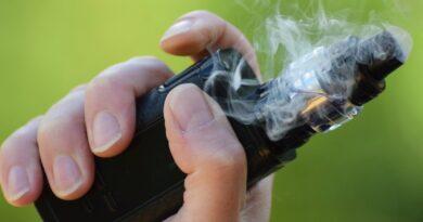 La lesión pulmonar por cigarrillos electrónicos o vapeo puede confundirse con COVID-19
