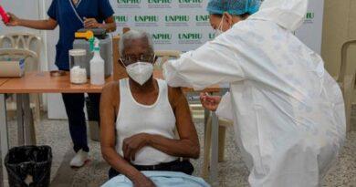 Comienzan a aplicar hoy segunda dosis de vacuna COVID-19
