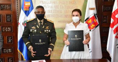 Sistema 9-1-1 firma acuerdo de cooperación interinstitucional con el Ayuntamiento del DN