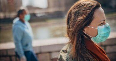 ¿Las nuevas variantes de COVID-19 generan más contagios en mujeres?