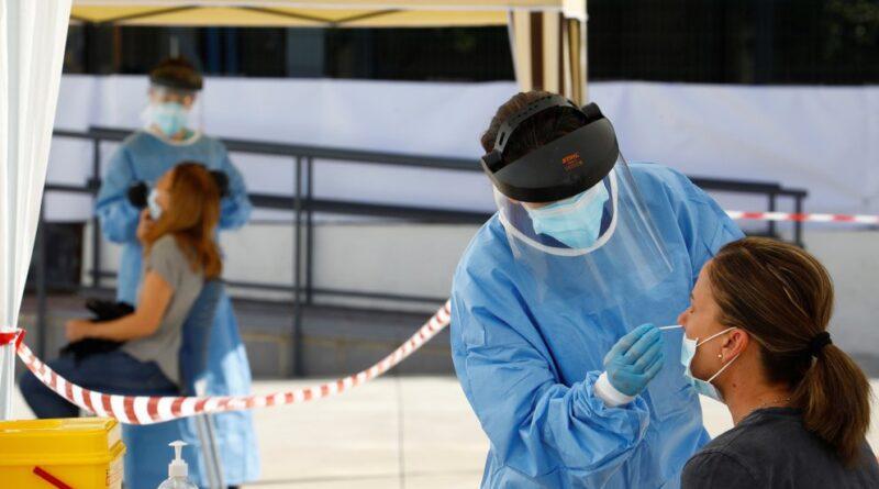 """La OMS advirtió que el mundo se acerca a """"la tasa de infección más alta durante la pandemia"""""""