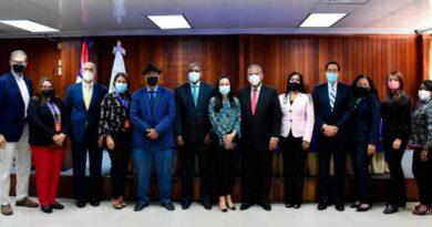 Dejan integrado el comité de reforma del sector salud
