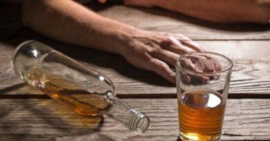 Imponen prisión preventiva a tres comerciantes por venta de bebidas adulteradas en Santiago y SD