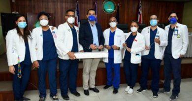 FUNDOURO Dr. Pablo Mateo dona equipos al Hospital Central de las Fuerzas Armadas