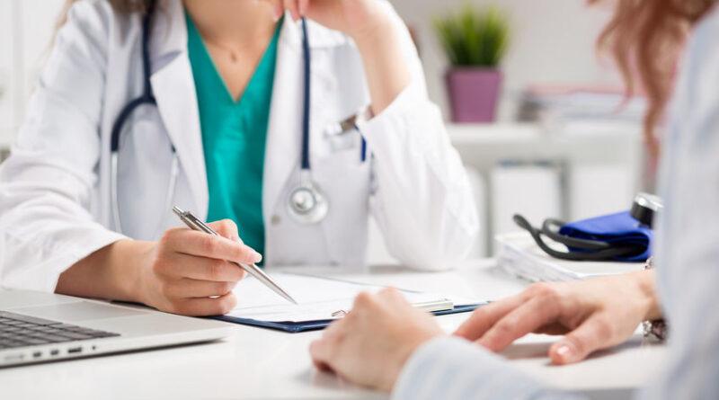 Facilitarán visa USA a profesionales salud