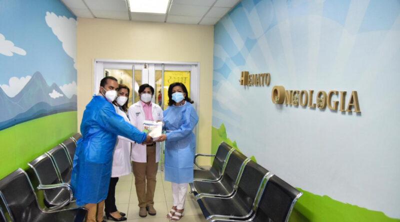 MINERD dona televisores, conectividad y cuadernillos para niños de Unidad Oncológica hospital Robert Reid Cabral