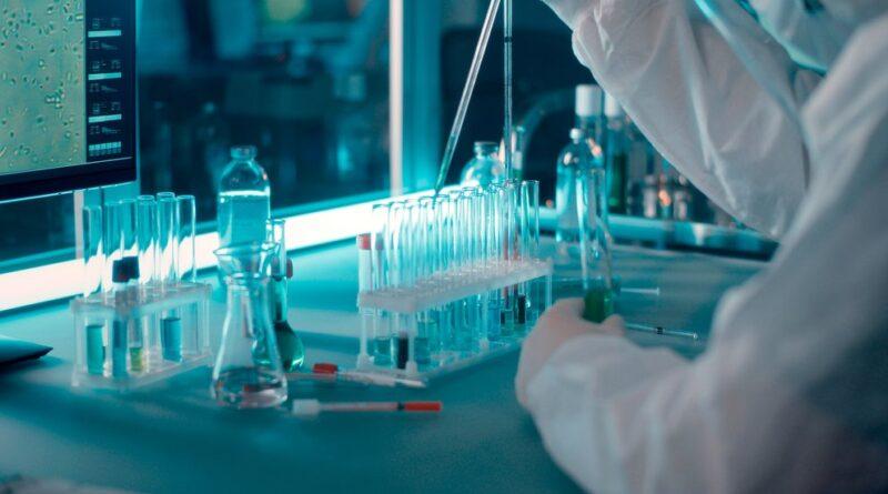 Nuevo debate: en qué consiste la combinación de dosis de las vacunas COVID-19