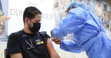 ARS deberán cubrir costo covid en vacunación extraordinaria