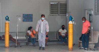 10 centros de salud del Gran Santo Domingo sin camas UCI para COVID-19