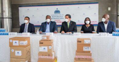 Gabinete de Política Social entrega donación de medicamentos a Salud Pública