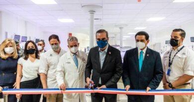 Gobierno entregan bloques B1 y B2 de la Ciudad Sanitaria, Luis Eduardo Aybar