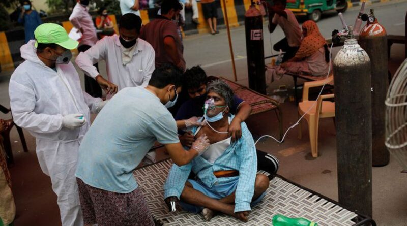 India registró un nuevo récord de muertes por COVID-19 mientras que los casos siguen aumentando