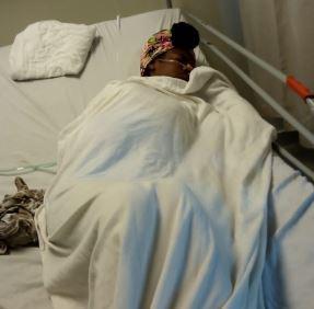 Joven de 16 años sigue a la espera de ayuda para iniciar tratamiento