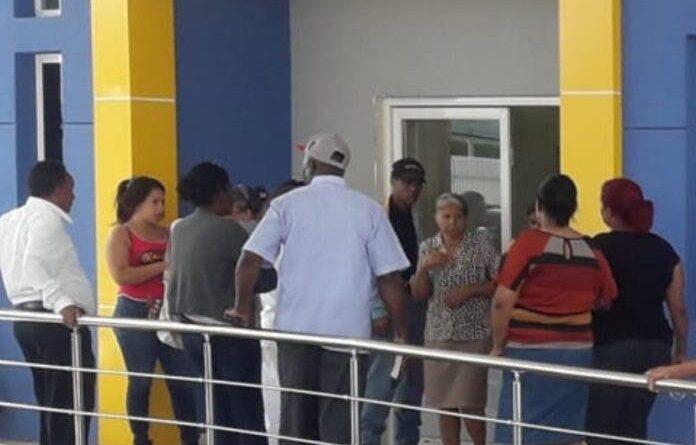 Paro del Colegio Médico lesionaría a los afiliados de la Seguridad Social