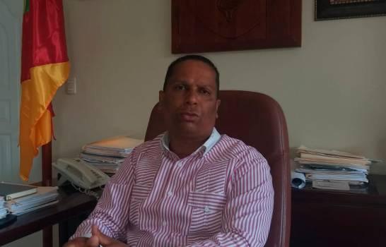 Piden seguro médico para empleados de distritos municipales