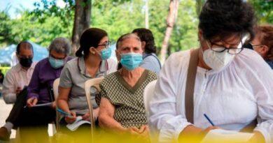 Jornadas dJornadas de vacunación se realizan con poca asistencia; Gobierno incluye a personas de 50 años en adelantee vacunación se realizan con poca asistencia; Gobierno incluye a personas de 50 años en adelante