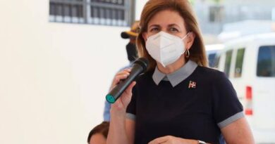 Vicepresidenta Raquel Peña se vacunará este lunes en el Centro Olímpico