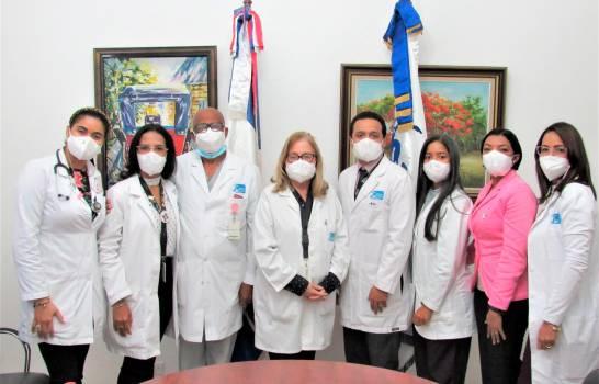 Instituto Oncológico participa en congreso científico de la Mescyt