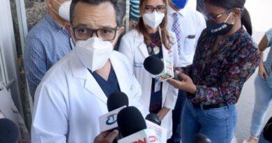 Gremios denuncian quieren privatizar hospital A. Grullón