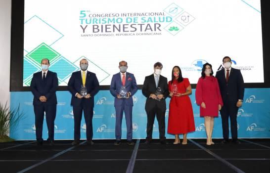 Congreso Internacional Turismo de Salud y Bienestar reconoce a Seguros Reservas