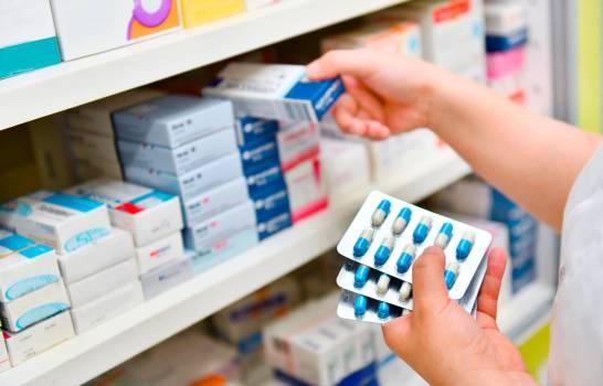Consternada con la venta de sangre, Unión de Farmacias llama a que tampoco compren medicamentos en colmados