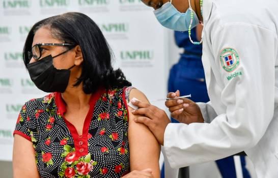 RD podría alcanzar los cinco millones de personas con una dosis de la vacuna COVID-19 este fin de semana