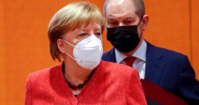 Alemania estudia replantear la mascarilla obligatoria ante el descenso de contagios de COVID-19