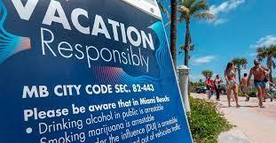 Hay países donde ofrecen billetes de avión y apartamentos gratis para incentivar la vacunación contra el COVID-19