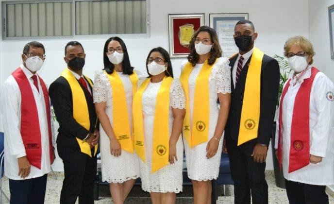 AIDC gradúa a Cardiólogos y Ecocardiografistas