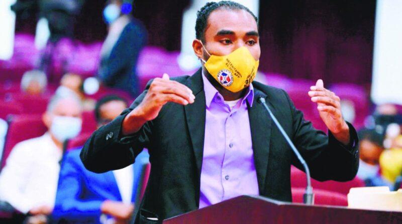 Solicitan las ARS reembolsen dinero de medicina no usada