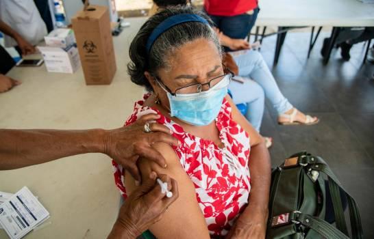 El Gobierno refuerza sus estrategias para lograr la meta del 70% de vacunados