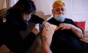 Variante Delta en EEUU: quienes estén completamente vacunados no están obligados a usar mascarilla