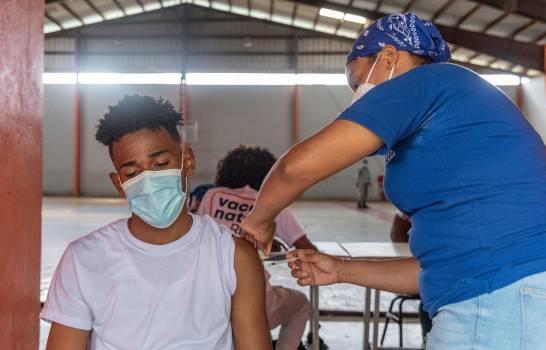 Unos 5 mil menores de 20 años se infectaron de COVID-19 en dos meses