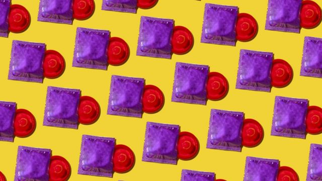 picture of condoms and wrappers