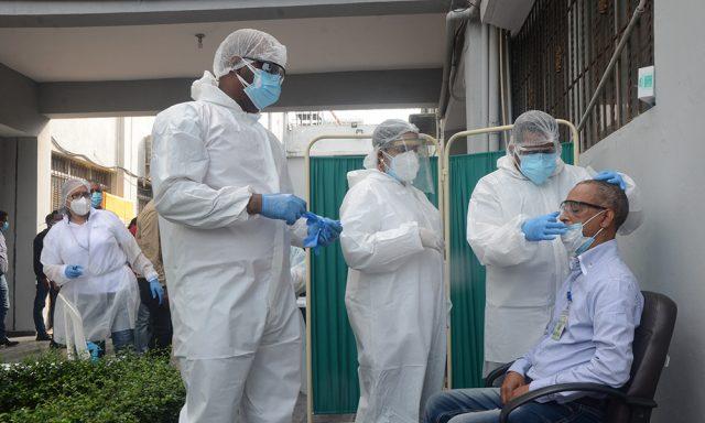 Notifican 465 casos nuevos de covid-19; ocupación hospitalaria sigue bajando