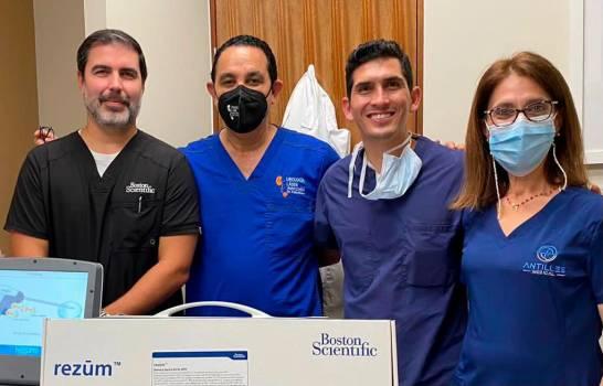 Doctor Pablo Mateo presenta nuevo tratamiento para la próstata