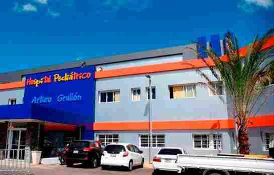 Apagón en maternidad de Santiago obliga a traslado de neonatos al Arturo Grullón