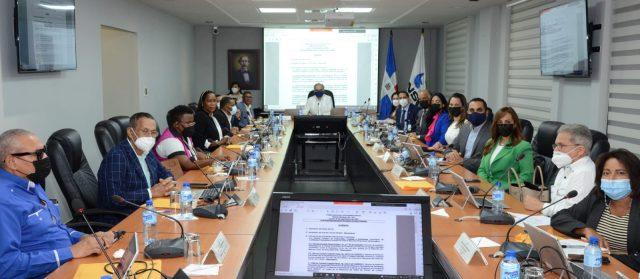 CNSS pone en vigencia acuerdo que cubre trasplante renal y reconstrucción mamaria afiliados a la SS