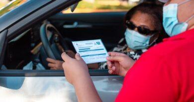 MAPFRE Salud ARS instala centro de vacunación vehicular de Covid
